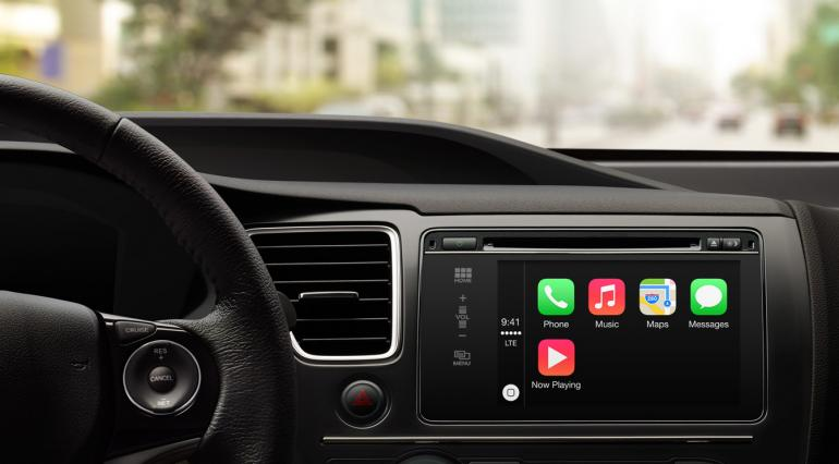 Apple CarPlay - Car Dashboard
